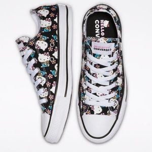 Converse Hello Kitty Chuck Taylor All Star Oxford
